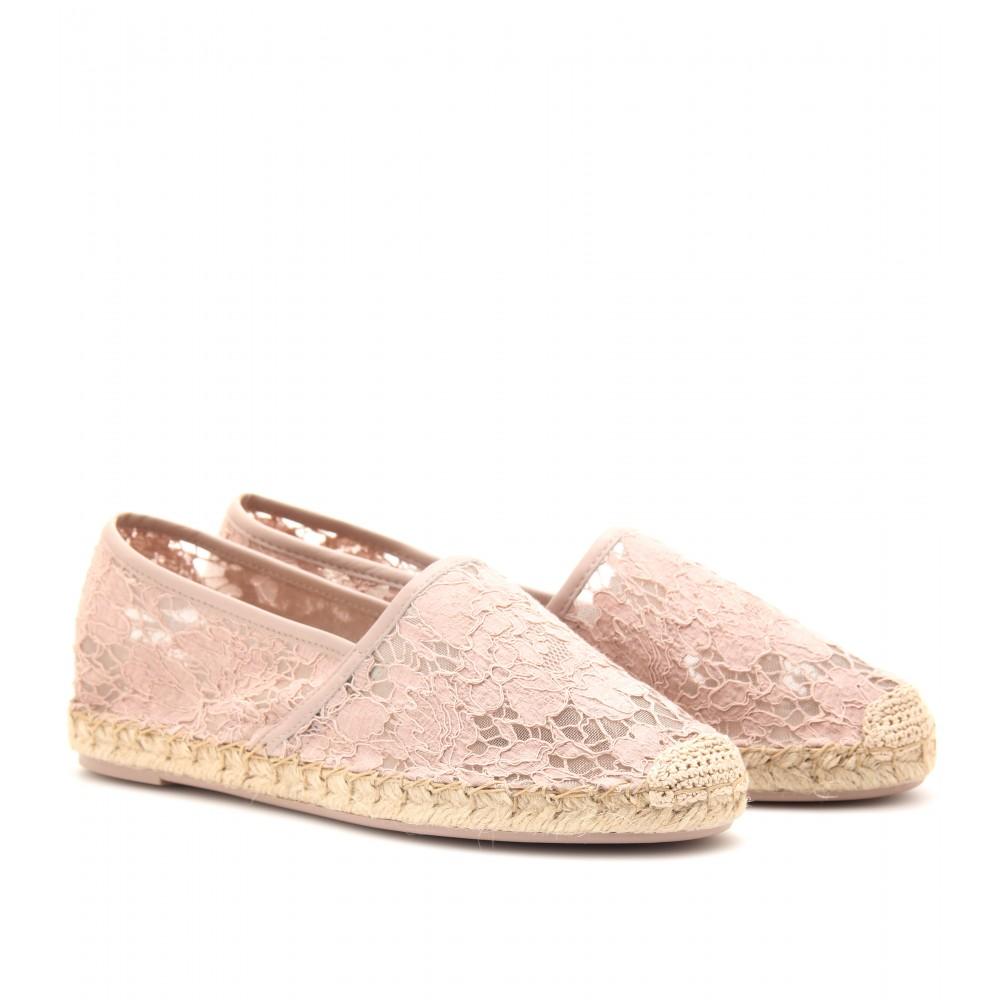AZAZIE_Wedding_Shoes_Valentino2
