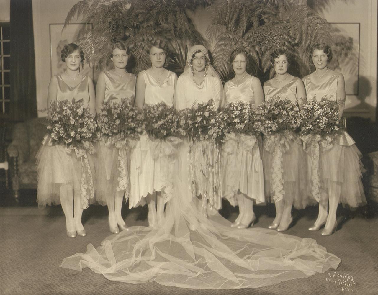 Bridesmaids1929