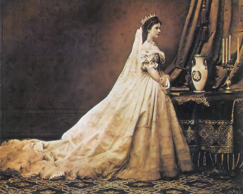 History of the White Wedding Dress | Azazie | Blog