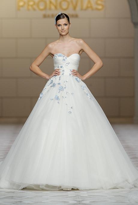 pronovias-wedding-dresses-fall-2015-043