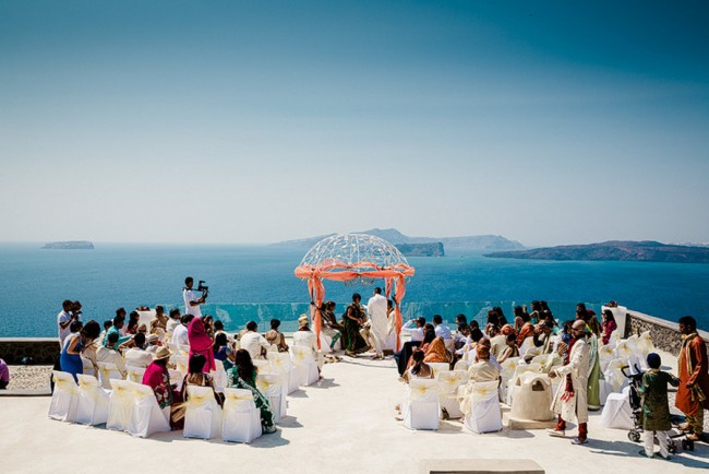 13a-outdoor-hindu-wedding-ceremony-greece-e1400813303356