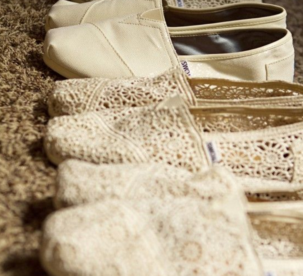 bridesmaid shoes, wedding, wedding party, azazie, bridesmaids, comfy shoes, comfortable shoes