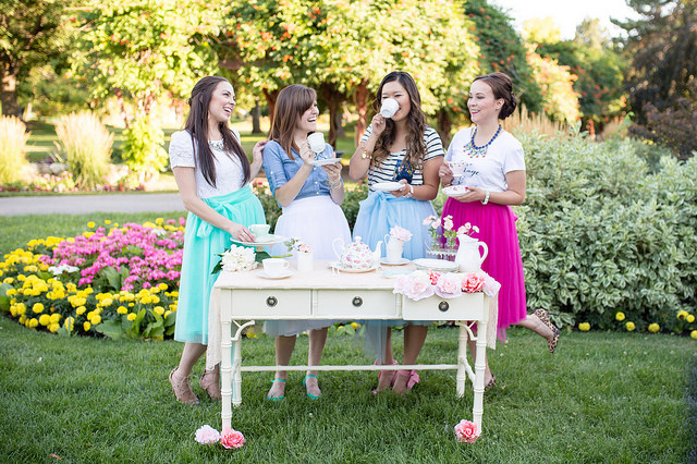 bloggers, tea party, skirts, tulle, fun, colorful