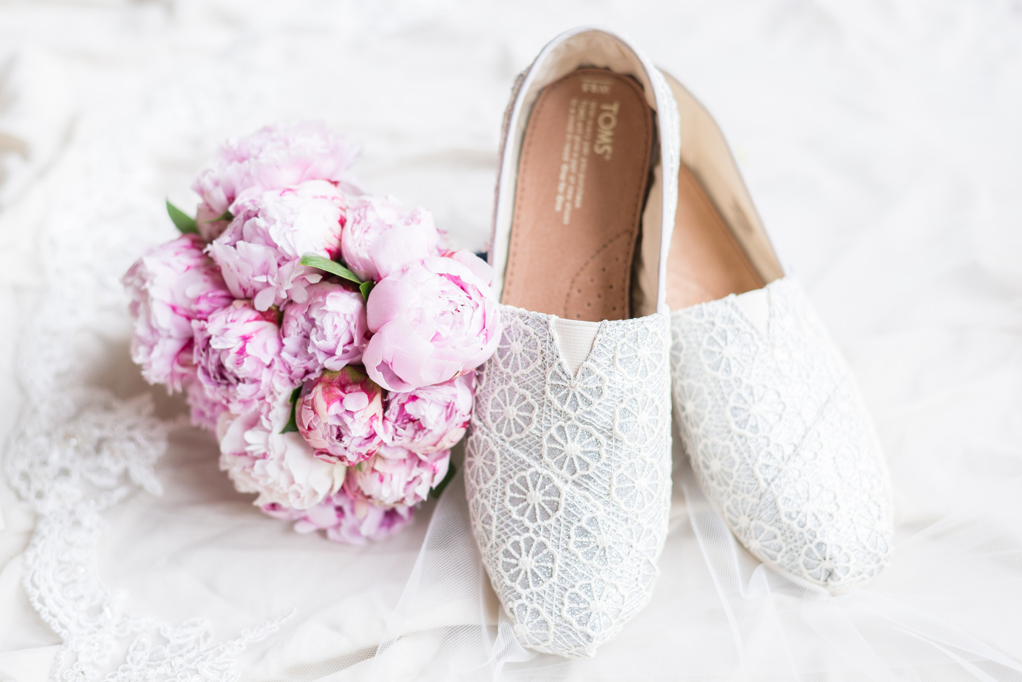 shoes, wedding, inspiration, bridal, comfortable, lace, flats