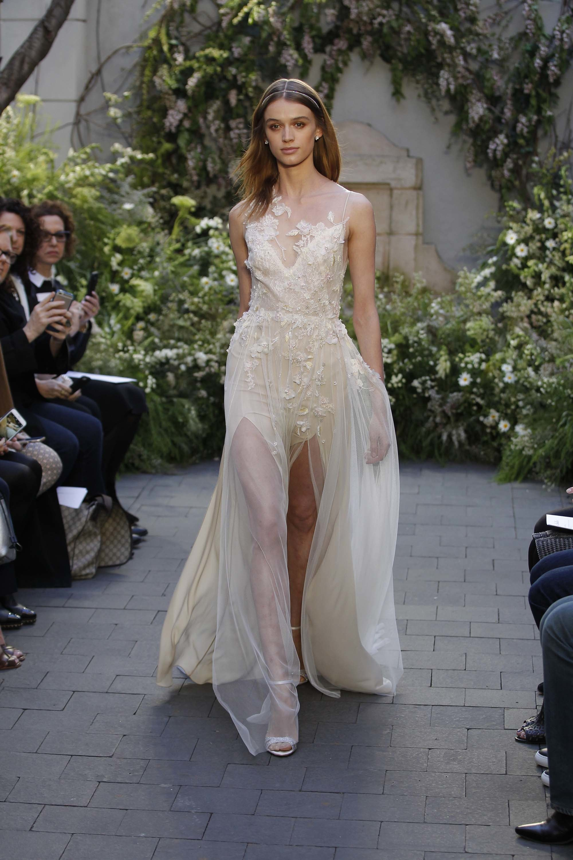 monique lhuillier, spring, 2017, bridal, wedding, dresses, trends