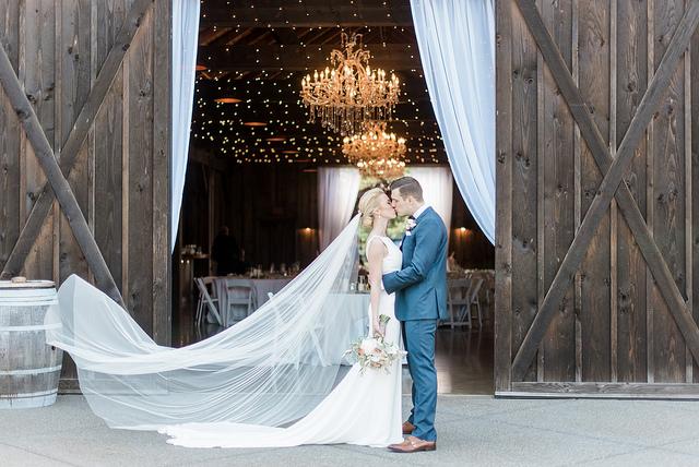 bride, groom, real, wedding, rustic, glam, planning