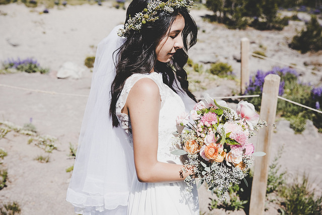 Wedding Hair: Celebrate with Winter Florals