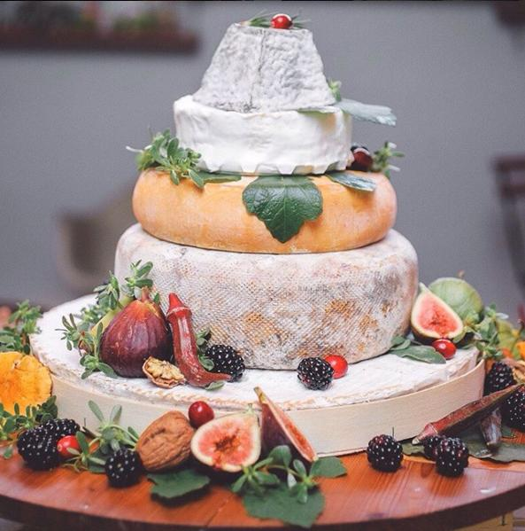 5 amazing wedding cake concepts you need to try azazie blog 5 amazing wedding cake concepts you need to try junglespirit Gallery