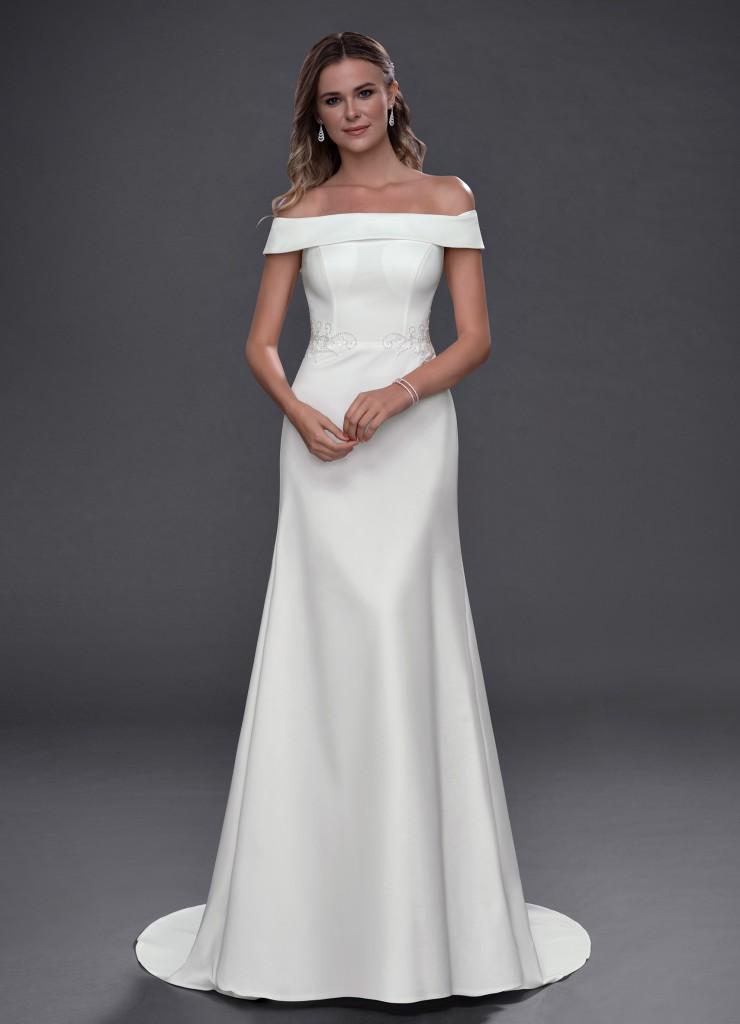 Azazie Chavelle Diamond White Bridal Gown