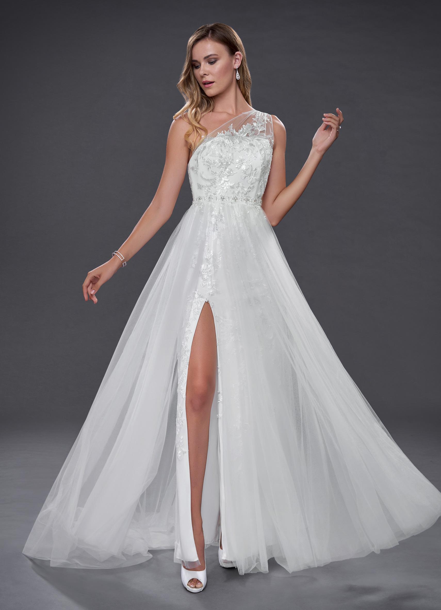 Azazie Elodie in diamond white