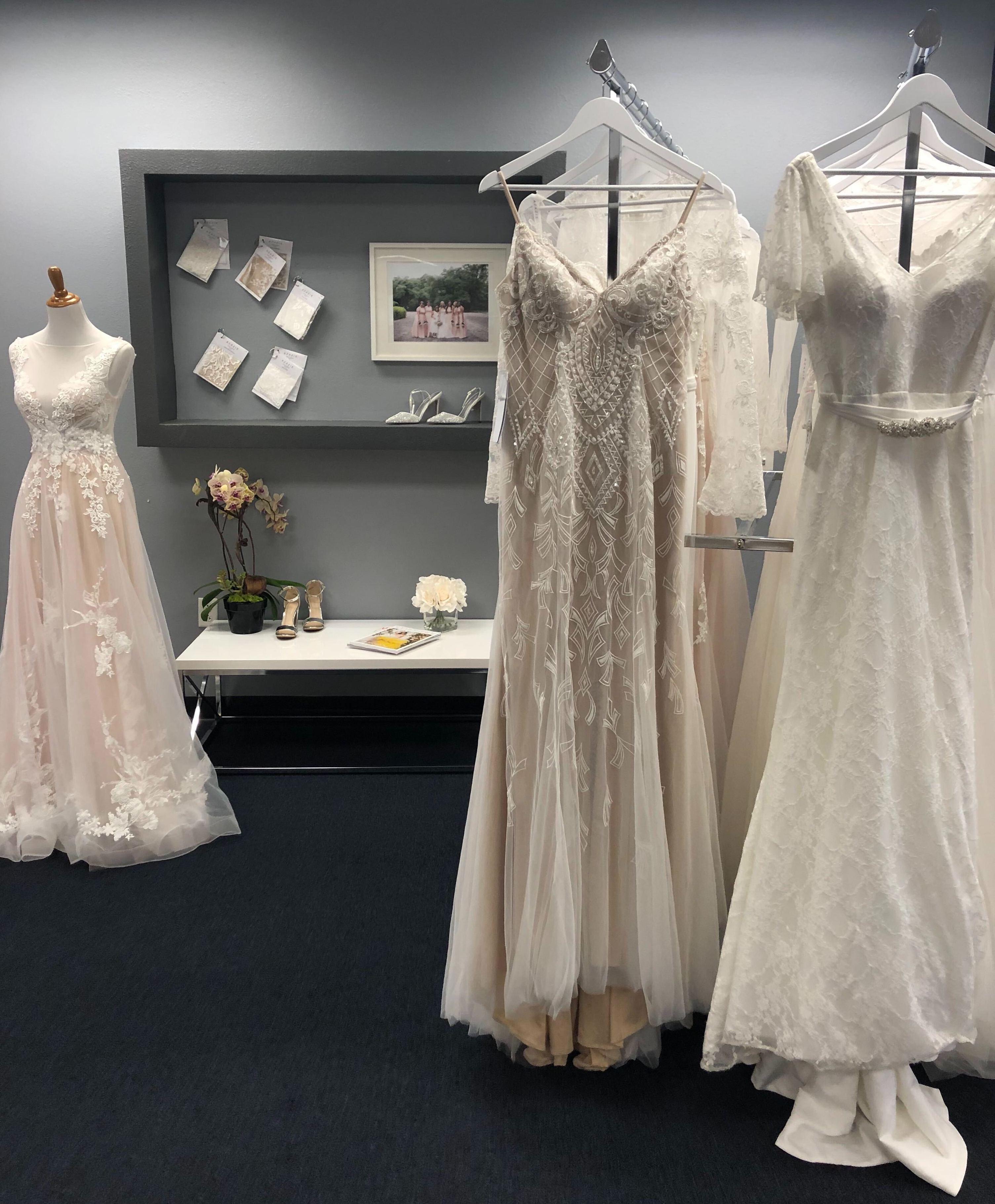bridal gowns, azazie, wedding dresses, discount, sale, coupon, racks